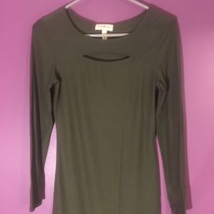 Derek Heart Olive Long Sleeve with Keyhole